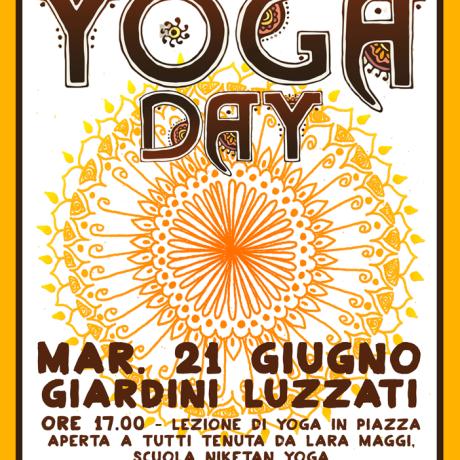 YOGA DAY in Luzzati